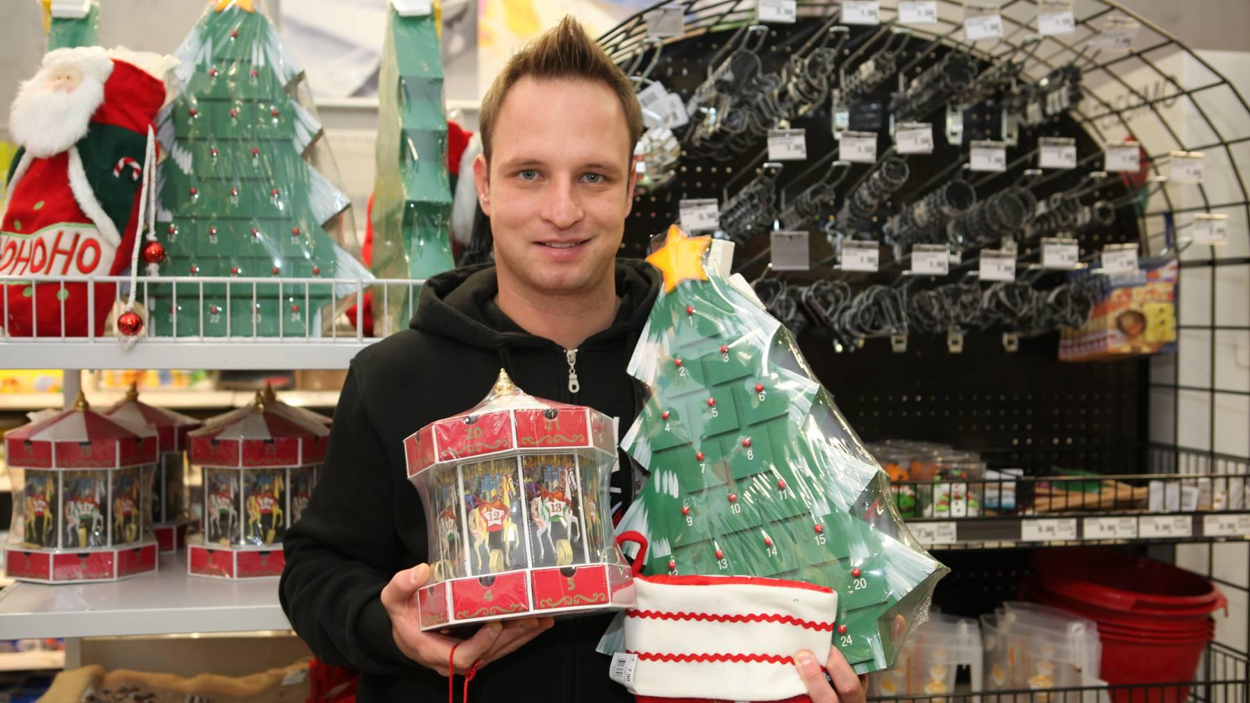 Weihnachtsdeko in den Läden