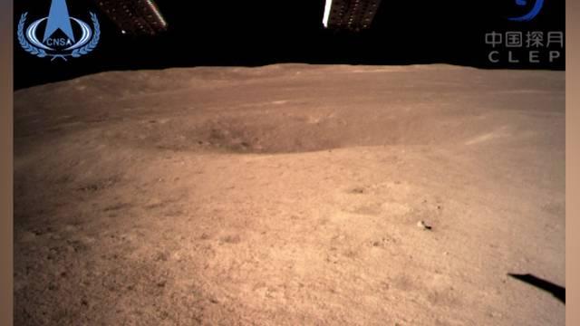 Das erste Foto von der Rückseite des Mondes