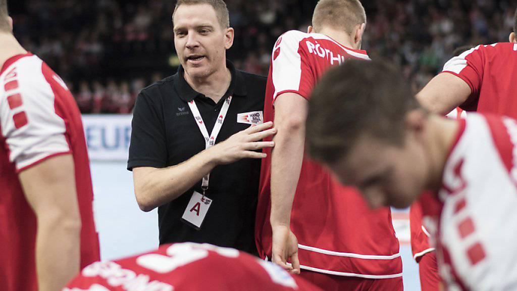 Das Schweizer Handball-Nationalteam mit Trainer Michael Suter misst sich am Yellow Cup in Winterthur mit namhaften Gegnern