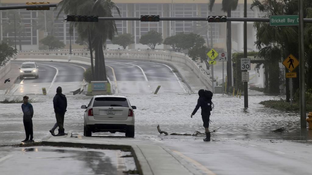 Irma - Situation und Caritas-Spende