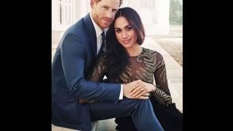Eine der drei offiziellen Hof-Fotografien von Prinz Harry und Meghan Markle, welche der Kensington-Palast am Donnerstag veröffentlichte.