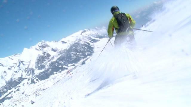 Skifahrer geniessen zusätzlichen Skitag