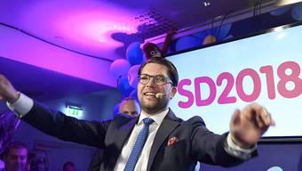 Der Spitzenkandidat der Schwedendemokraten, Jimmie Åkesson, betonte am Sonntagabend, seine Partei sei bereit, mit allen zu verhandeln.
