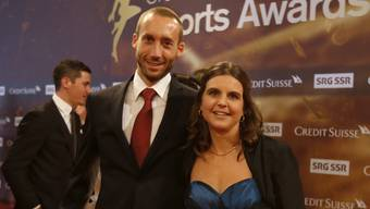 """Gemeinsam abends in den Ausgang wie hier 2013 bei den Sports Awards gehen Anita Weyermann und ihr Mann Roland Salzmann eher selten. Wenn sie mal eine """"Hüeti"""" für abends organisieren können, gehen sie Velofahren (Archiv)."""