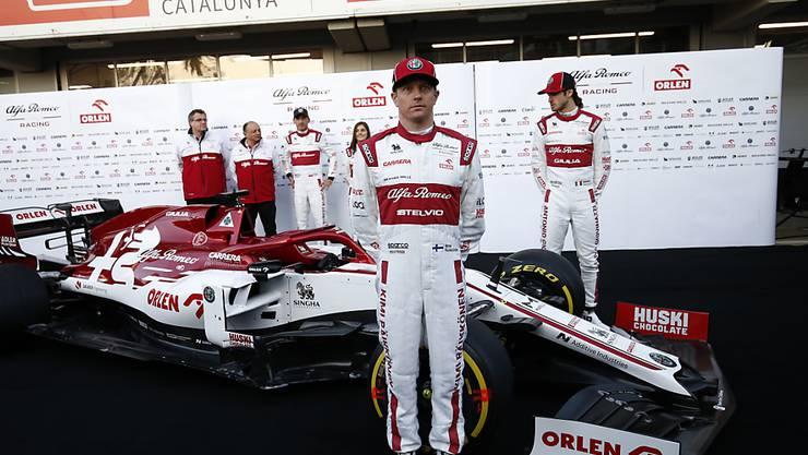 Kimi Raikkönen (hier bei der Präsentation des neuen Autos) war am zweiten Testtag der Schnellste