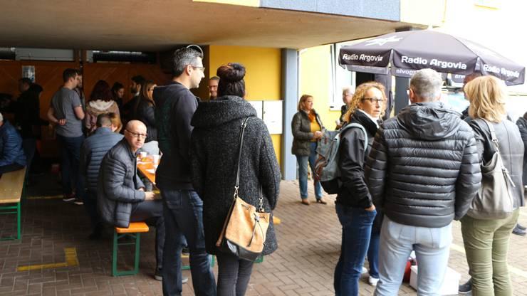 123 Besucher und Besucherinnen waren auf einer Führung durch den Saunaclub.