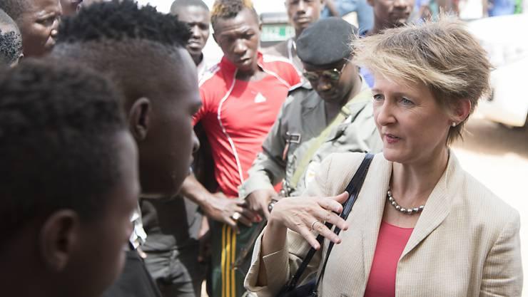 No Billag Initiative Rettung Von Flüchtlingen Und Möbel Rückkauf