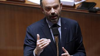 """Wegen der Zugeständnisse an die Protestbewegung der """"Gelbwesten"""" steigt Frankreichs Haushaltsdefizit laut Premier Edouard Philippe auf 3,2 Prozent der Wirtschaftsleistung. (Archiv)"""