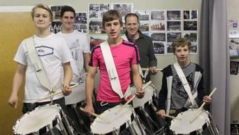 Von links nach rechts: Quentin Blömeke, Cyril Fehr, Jasper de Bont, Raffael Hotz und Eric de Bont bereiten sich auf das Jubiläum vor.