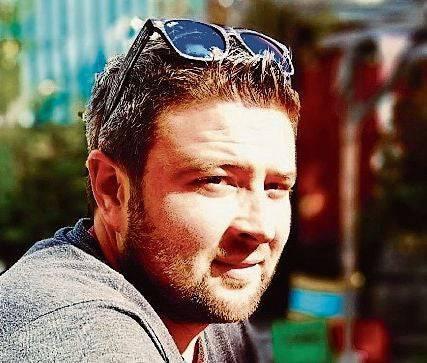 Tobias Kölliker ist der Präsident der Guggenmusik Schwarzmeerfrösche aus Bellach.