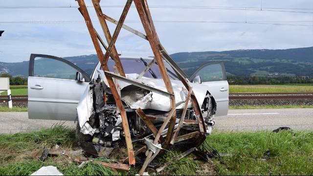Wangenstrasse wegen schwerem Unfall gesperrt