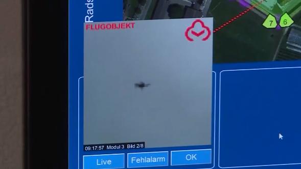 Nicht nur Drohnen: So wehrt die Justizvollzugsanstalt Lenzburg Wurfgegenstände ab