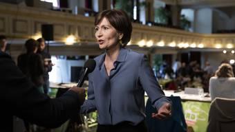 Grünen-Präsidentin Regula Rytz fordert eine der jahrzehntealten Praxis der vorzeitigen Rücktritte. (KEYSTONE/Peter Klaunzer)