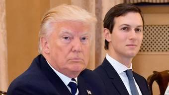 In der Russland-Affäre ist auch Trumps Schwiegersohn Jared Kushner unter Druck geraten. Er dementiert die Vorwürfe gegen seine Person jedoch. (Archivbild)