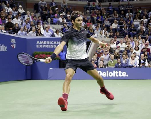 Für Federer ist es im 35. Spiel in einer Night Session in New York erst die zweite Niederlage.