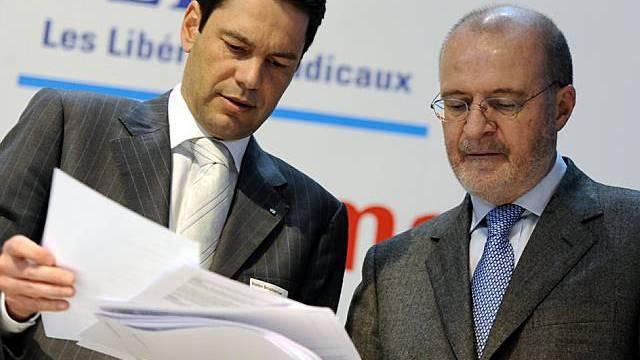 FDP-Präsident Fulvio Pelli (r.) und Generalsekretär Stefan Brupacher an der vergangenen Delegiertenversammlung