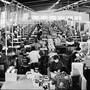 Damals: In den Melitta-Fabrikhallen in Egerkingen wurden bis ins Jahr 1986 Filtertüten hergestellt.