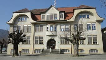 Das 110 Jahre alte Schulhaus Linden in Laupersdorf beherbergt künftig die Büros für die Schulleitung und das Schulsekretariat.
