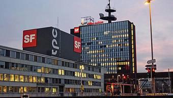 Blick auf das SF-Hochhaus - Die SRG darf mehr Werbung senden (Bild: sf.tv)