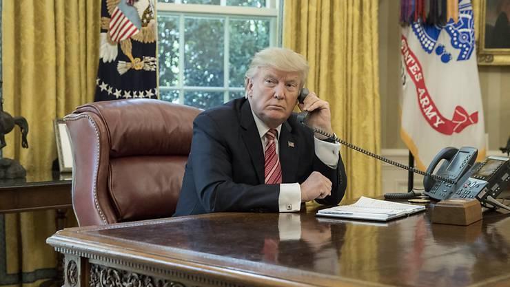 Kein Grund zum Lächeln: Trump kommt mit seinem Projekt, Obamacare zu versenken, nicht vom Fleck.