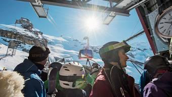 Besucheransturm auf dem Titlis: Laut dem Leiter der Bergbahnen benachteiligen Kampfpreise vor allem die Familien.