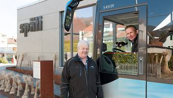 Ferdinand Schneider (links) freut sich auf seien neuen Chauffeur Philipp Späti.zvg