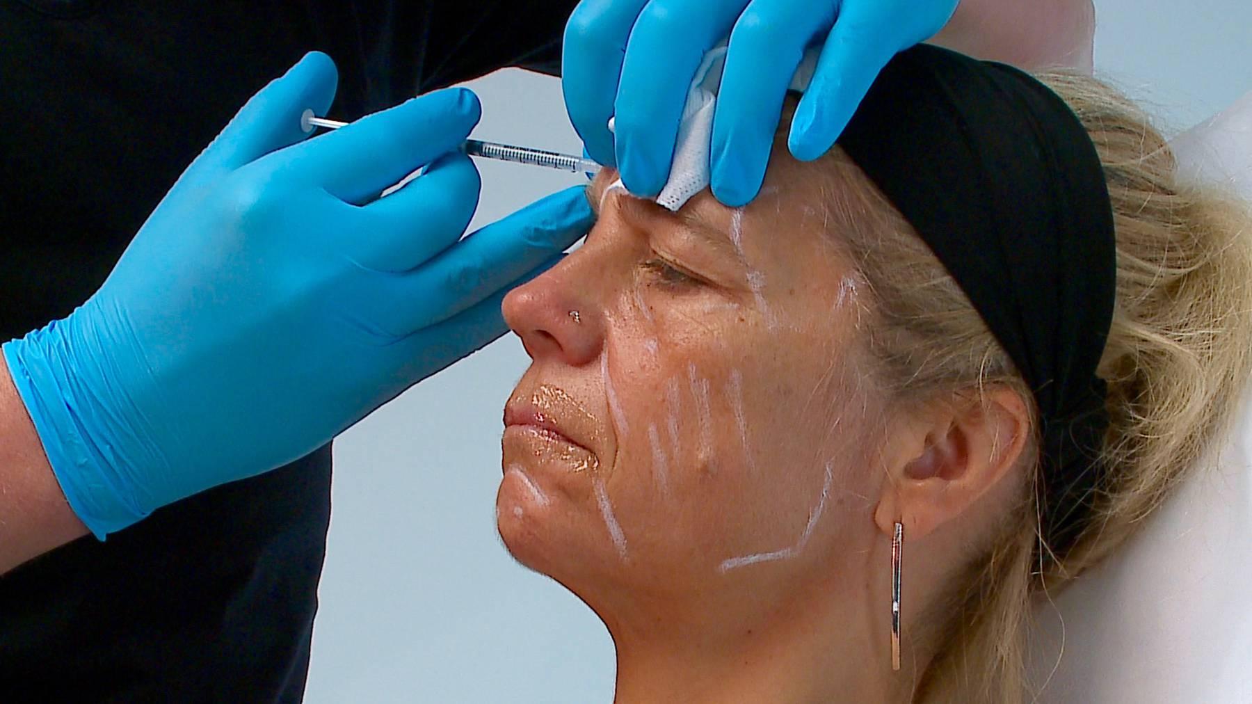 Full Facial Behandlung