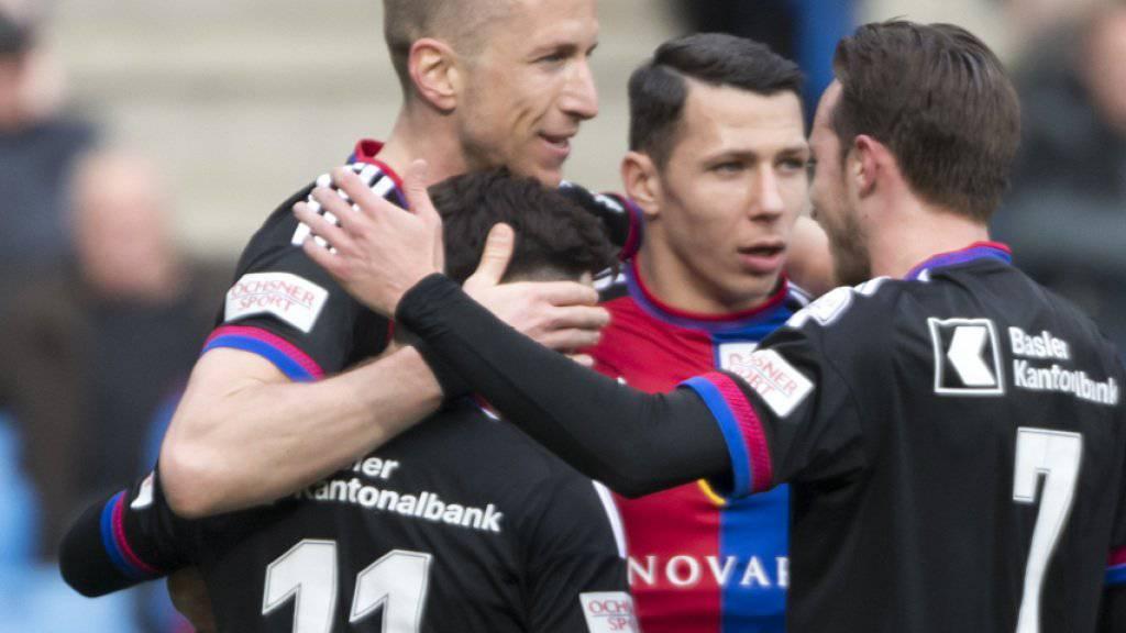 Gewohntes Bild: Der FC Basel im Freudentaumel (hier nach dem Goal zum 3:1 gegen Luzern)