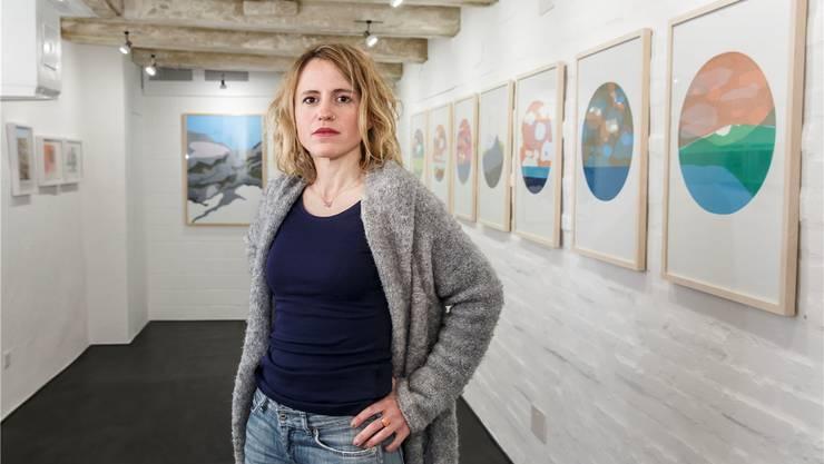 Anna Schüpbach und ihre Arbeiten in der Galerie Löiegrube.