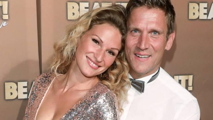 Stolz und voller Vorfreude: Das Promi-Paar Peer Kusmagk und Janni Hönscheid erwartet sein zweites Baby. (Archivbild)