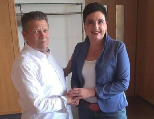 Stabübergabe: Karin Oertlin übernimmt das Präsidium von Martin Fessler.
