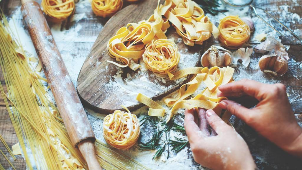 Nudelgerichte wurden letztes Jahr in Graubünden am häufigsten beanstandet. (Symbolbild)