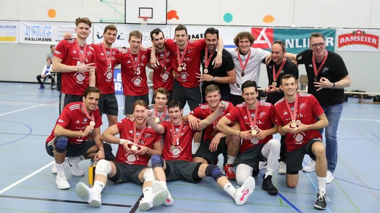 Volley Schönenwerd hat es letztlich doch noch geschafft und gewinnt die Bronze-Medaille.
