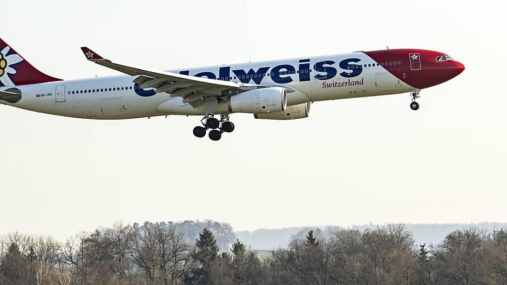 117 weitere gestrandete Schweizer aus Quito in Zürich gelandet