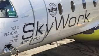 Noch im letzten September hatte Skywork einen Auftrag des Bundes zugesprochen erhalten, um wöchentliche Versorgungsflüge für das Kontingent der Schweizer Armee in Kosovo (Swisscoy) durchzuführen.