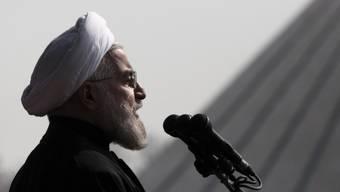 Stellt sich gegen Gewalt an Frauen: Hassan Ruhani (Archiv)