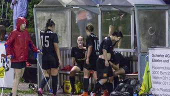 Die FC Aarau Frauen hatten den Aufstieg zunächst sportlich verpasst, steigen nun aber am grünen Tisch auf.
