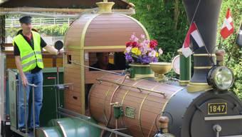 Die Nachbildung der Spanischbrötlibahn gehört bei jedem Badener Fest zur Standardattraktion.