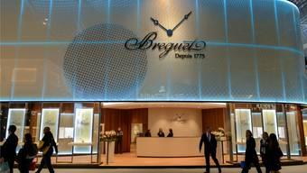 Luxus pur am Stand von Breguet an der Baselworld: Ein Ausstellungsstand von der Grösse eines Einfamilienhauses – der wohl auch ähnlich viel kostet. Martin Töngi