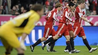 Bayern München siegte gegen Freiburg in einer torreichen Partie