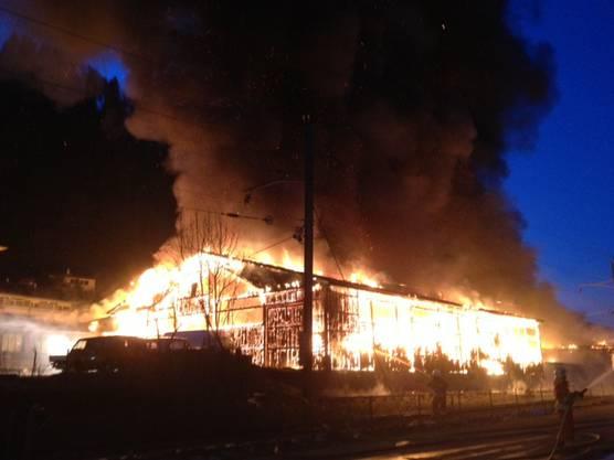 Grossbrand in einer Schreinerei in Oberdiessbach