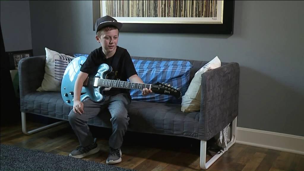 10-Jähriger stiehlt Foo Fighters die Show