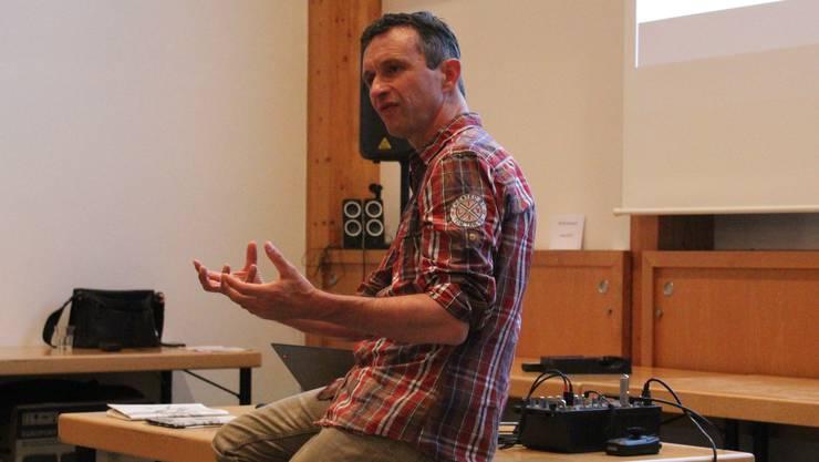 Referent Lukas Weiss gab Einblicke ins Wirken von Transition Biel.