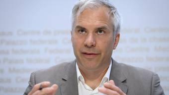 Task Force-Präsident Martin Ackermann sieht weiterhin kein Abflachen der Kurve.