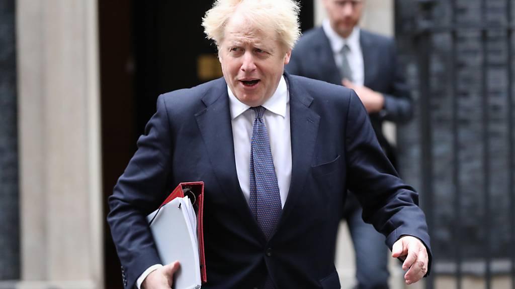 Streit um Brexit-Handelspakt: Boris Johnson spricht mit von der Leyen