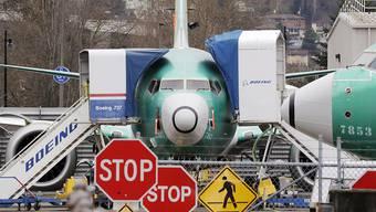 Nach dem Flugverbot für die Boeing 737 Max sind die Bestellungen beim US-Flugzeugbauer eingebrochen. (Archiv)