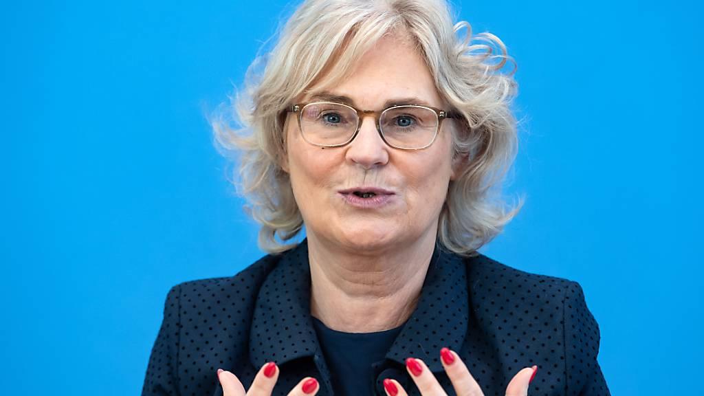 Deutsche Regierung ist für erneute Anklage von Mordverdächtigen
