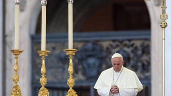 Zehntausende beten mit dem Papst für Syrien