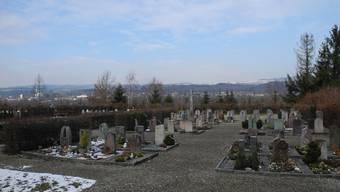 Der Kredit zur Neugestaltung des Friedhofs wurde im Nachgang mittels Referendum abgelehnt.