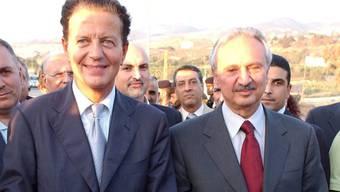 Libanons früherer Finanzminister Mohammed Safadi (rechts) soll neuer Premierminister im Land werden. (Archivbild)